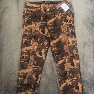 Distressed Camo Pants!
